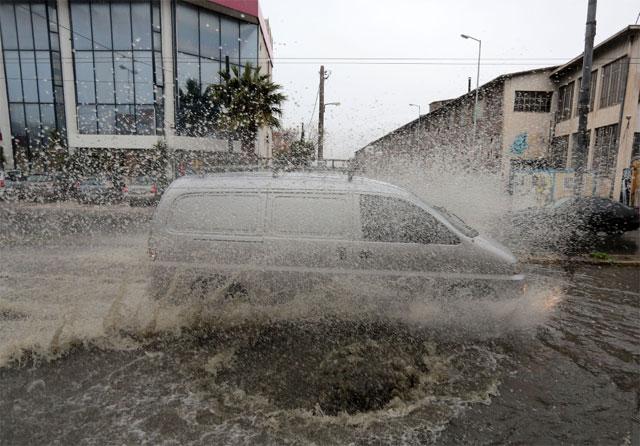 Αποτέλεσμα εικόνας για Απίστευτη Νεροποντή στην Ναυπακτία-Πλημμυρισμένες περιουσίες