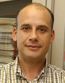 Ο πρωτοπόρος καθηγητής, Λουίς Μουνιόθ