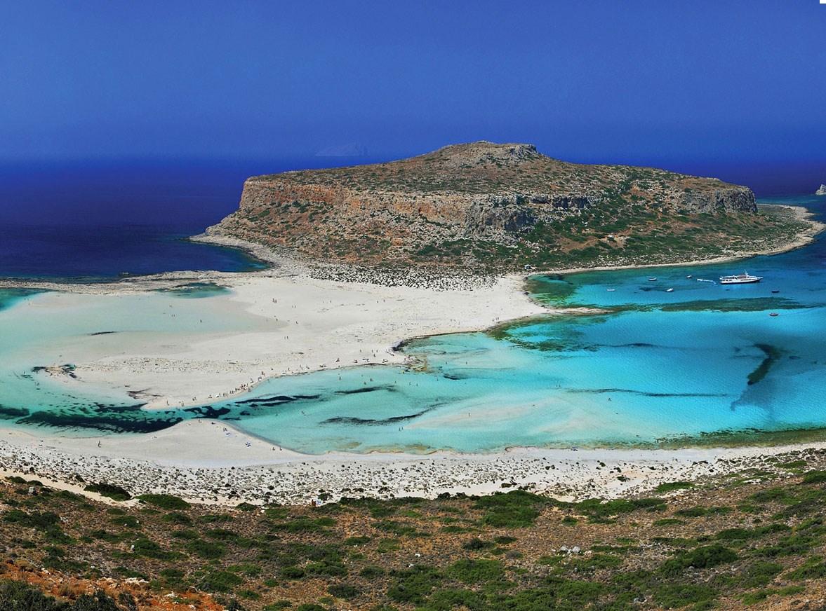 Αυτή η φωτογραφία από τη νότια Κρήτη συνοδεύει το άρθρο του Βρετανού συγγραφέα