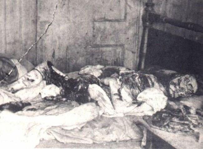 Φωτογραφία της αστυνομίας από το κατακρεουργημένο πτώμα της Mary Kelly