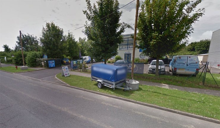 Le Monde: Εικόνα του τυπογραφείου μέσω της εφαρμογής Google map