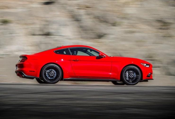Σύμφωνα με τους ανθρώπους της Ford η νέα Mustang διαθέτει κορυφαία ποιότητα κύλισης...