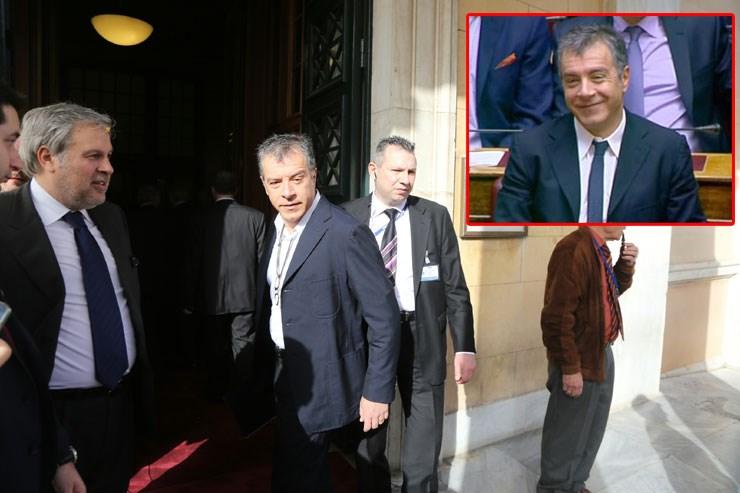 Ο Σταύρος Θεοδωράκης, πριν και μετά