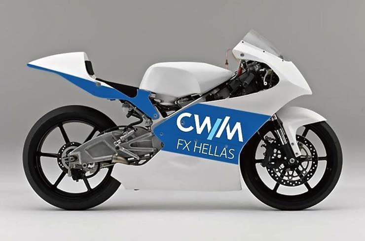 Η εταιρεία που τον στηρίζει είναι ελληνική και είναι η ίδια που χορηγεί και την ομάδα LCR Honda στο MotoGP!!!