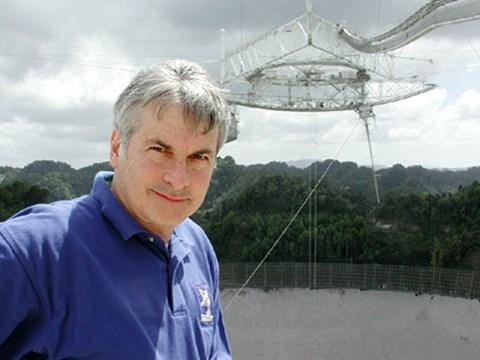 Ο διευθυντής του SETI, Σεθ Σόστακ