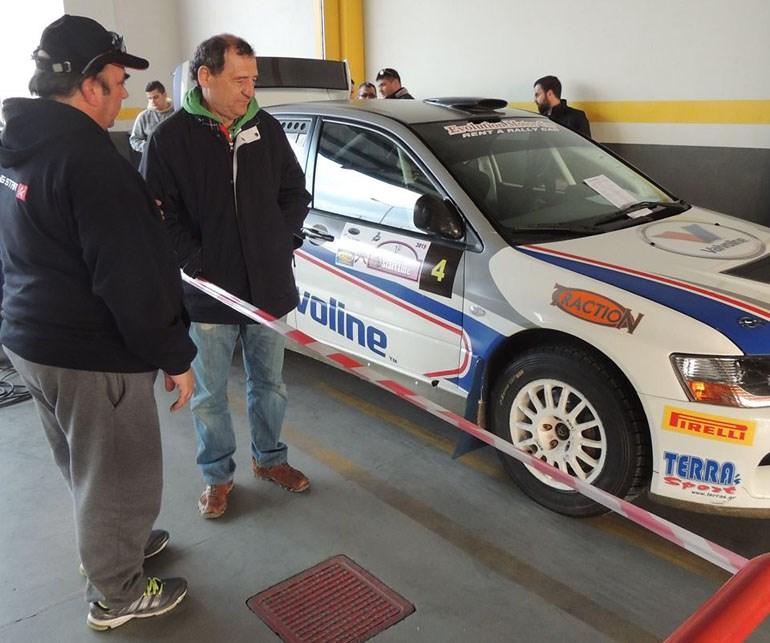 Η εμφάνιση του Κώστα Στεφανή θα γίνει με το αυτοκίνητο που θα τρέξει ο γιος του Μάνος ο οποίος επιστρέφει μετά από 7 χρόνια στους αγώνες!