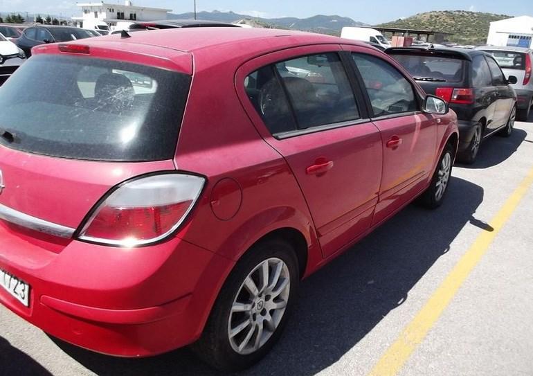 Πεντάθυρο Opel Astra του 2005 πωλείται για 2.000 ευρώ...