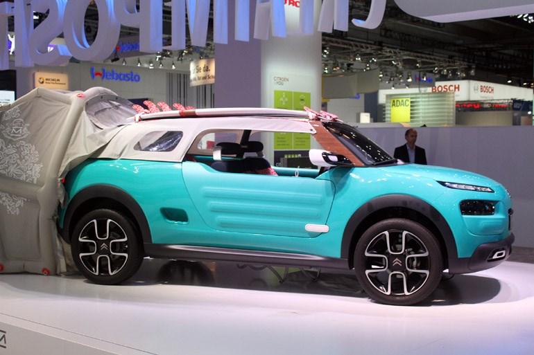 H πρωτότυπη εκδοχή του C4 Cactus με την ονομασία «M». Σίγουρα πρόκειται για ένα πολύ εκκεντρικό όχημα...