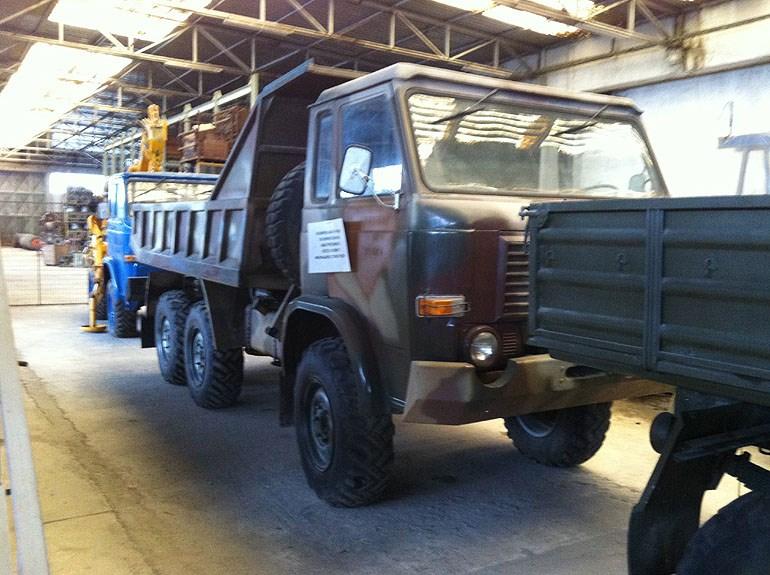 Το Milicar μπορεί να χρησιμοποιηθεί και ως ανατρεπόμενο όχημα...