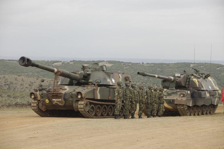 Παρατεταγμένα άρματα μάχης