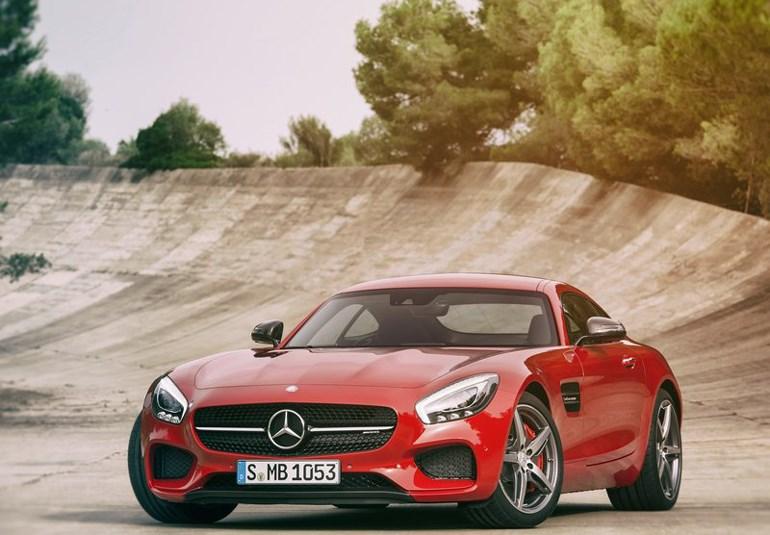 Το συγκεκριμένο super car θα έρθει σε λίγες εβδομάδες και στην Ελλάδα....