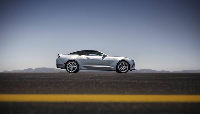 Η Camaro θα είναι διαθέσιμη και σε έκδοση cabrio...