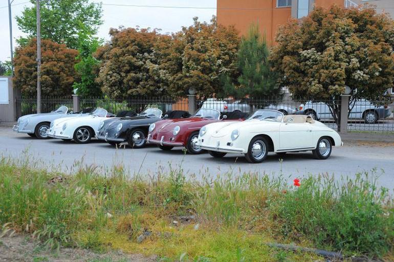 Αυτοκίνητα της Replicar Car Hellas έτοιμα για εξαγωγή...