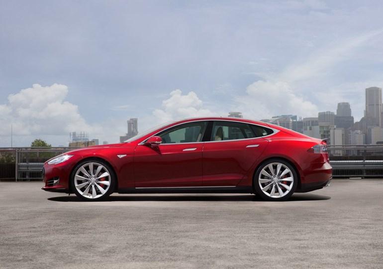 Τo Model S είναι ένα πολυτελές sedan μοντέλο...