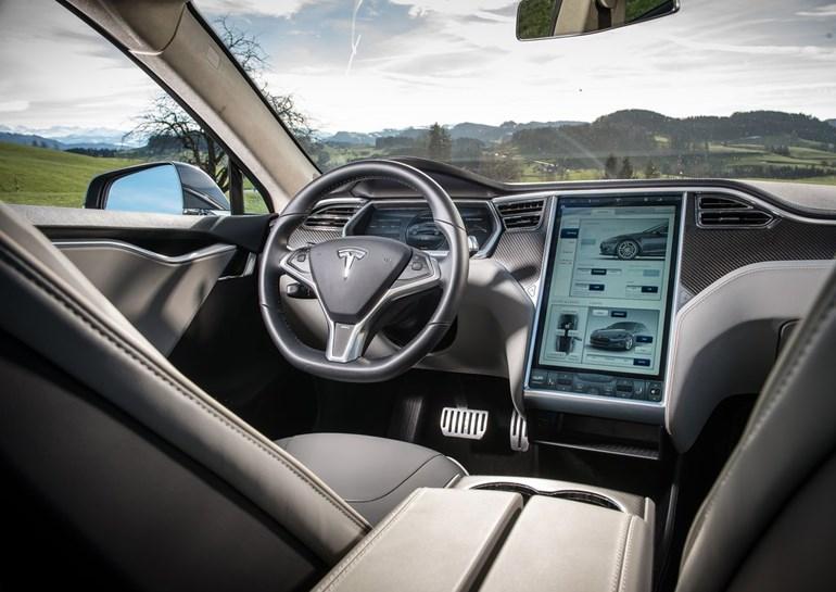 Το κύριο χαρακτηριστικό του Model S είναι η τεχνολογία με την οποία εφοδιάζεται...