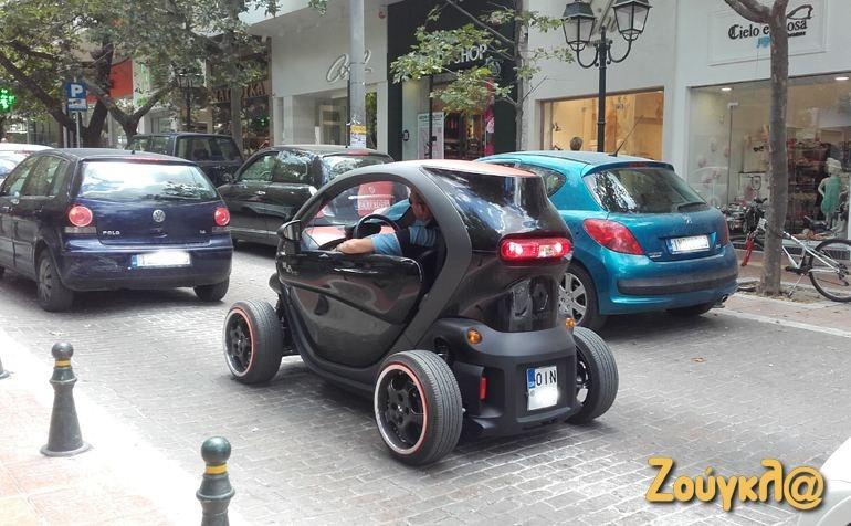 Renault Twizy: Αμιγώς ηλεκτρικό όχημα που κυκλοφορεί με ελληνικές πινακίδες κυρίως στην περιοχή της Κηφισιάς...