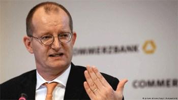 Ο επικεφαλής της Commerzbank Μάρτιν Τσίλκε