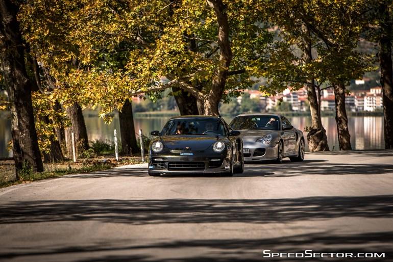 Porsche 911 σε δύο διαφορετικές γενιές...