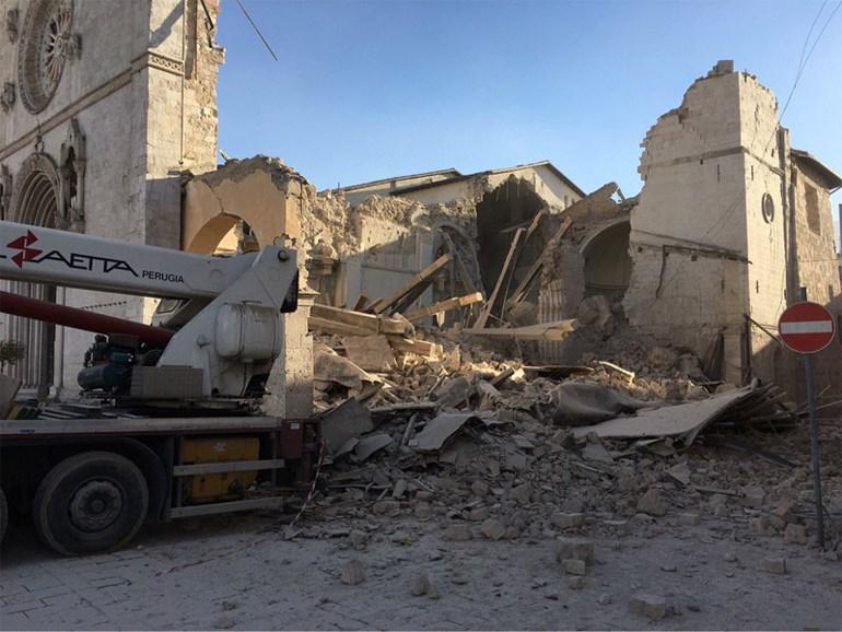 Εκτεταμένες ζημιές στην εκκλησία προκάλεσε ο νέος σεισμός