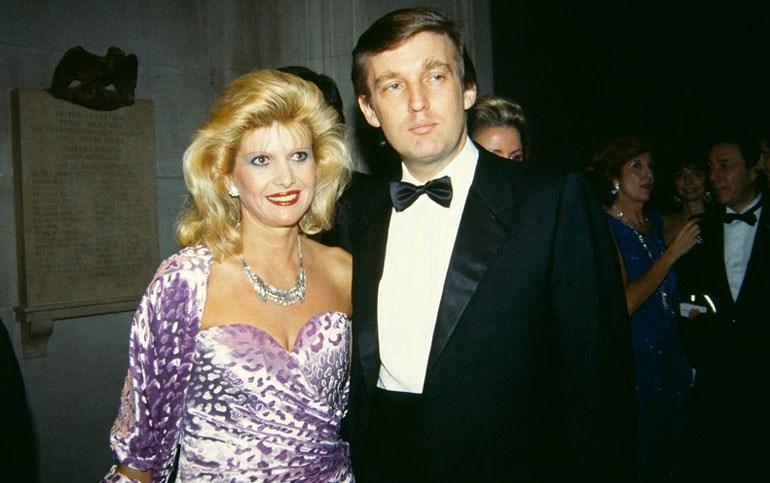 Με την πρώτη σύζυγο, Ιβάνα