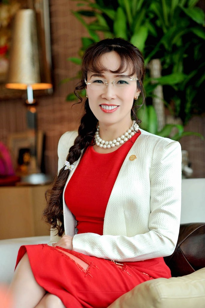 Σύμφωνα με το Bloomberg, η Thao είναι η πρώτη αυτοδημιούργητη γυναίκα δισεκατομμυριούχος της Νοτιοδυτικής Ασίας