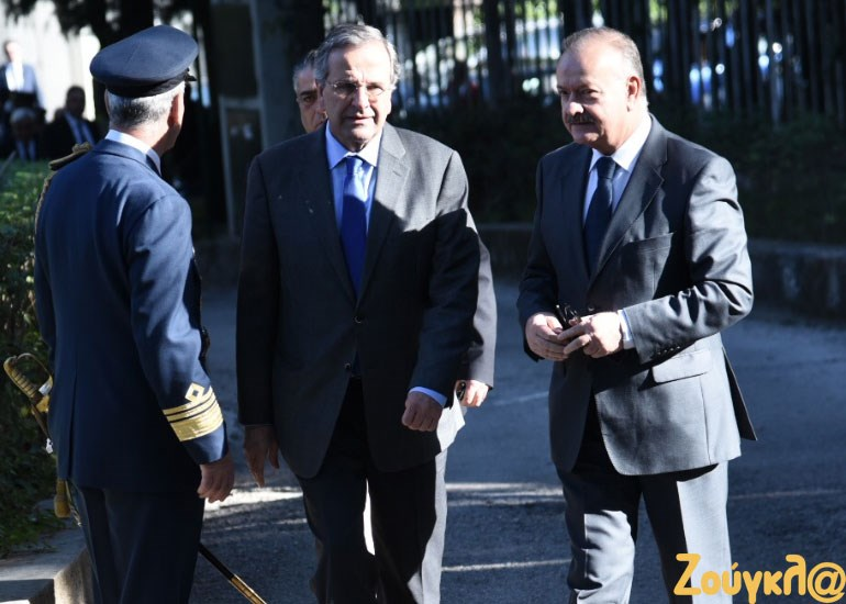 Ο πρώην πρωθυπουργός Αντώνης Σαμαράς με τον πρώην υπουργό Επικρατείας, Δ. Σταμάτη