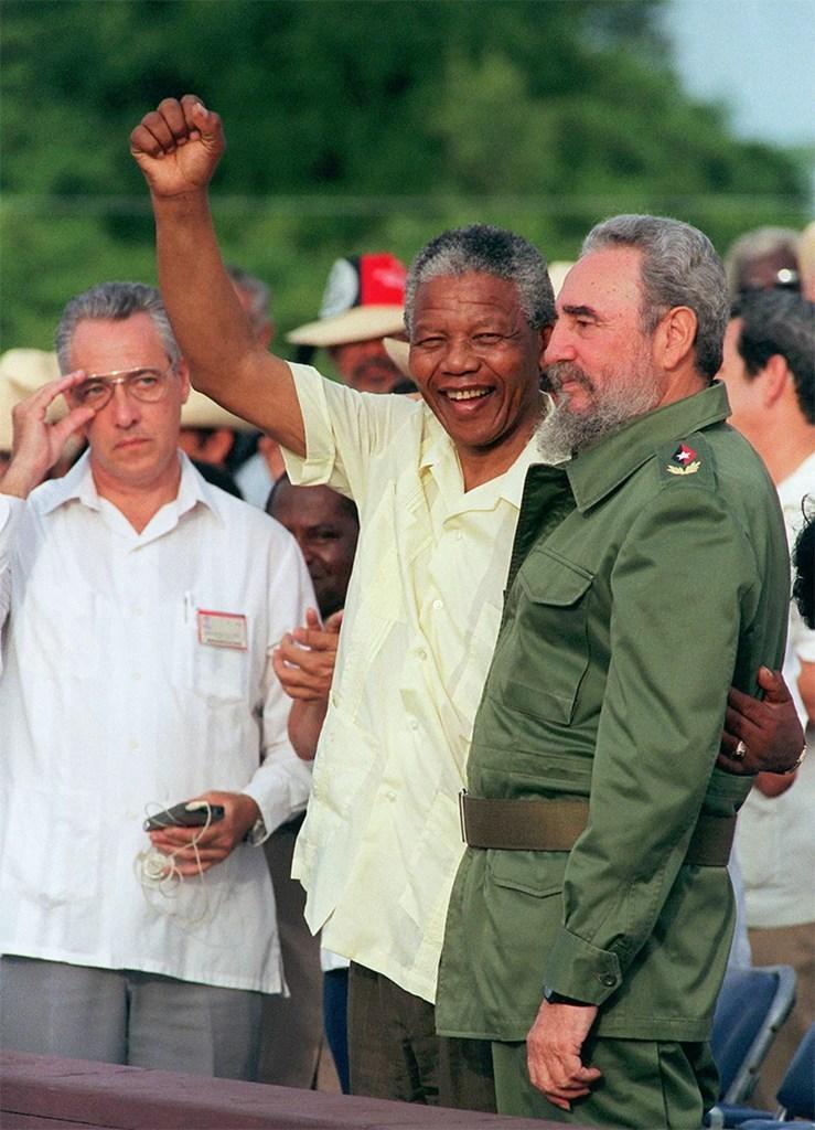 Με τον Νέλσον Μαντέλα στη Ν. Αφρική, το 1991