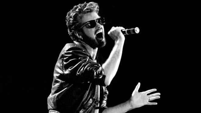 Ο Michael ξεκίνησε σόλο καριέρα το 1984 με το τραγούδι Careless Whisper, το οποίο οποίο έγινε παγκόσμια επιτυχία.