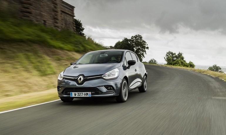 Πολύ δυνατά πήγε το Renault Clio (4η θέση)