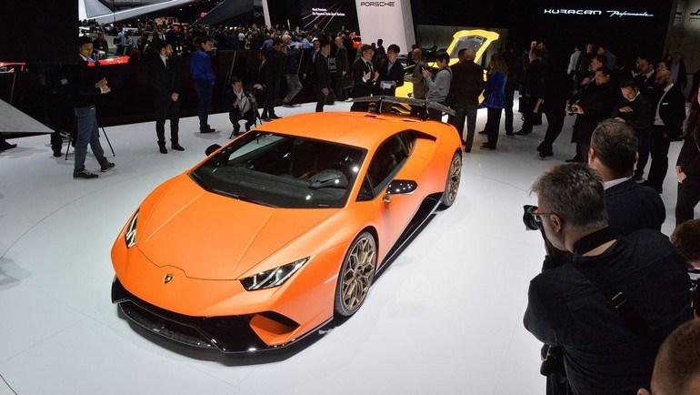 Η πανίσχυρη Lamborghini Huracan Performante