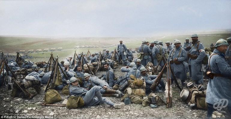 Γαλλικά στρατεύματα έχουν στρατοπεδεύσει στην περιοχή Nixèville τον Απρίλιο του 1918