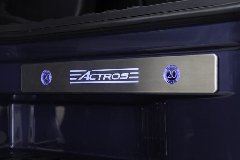 Φωτεινό έμβλημα Actros