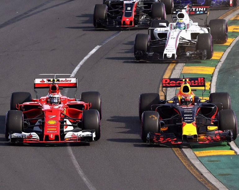 O Max Verstappen με Red Bull όχι μόνο τερμάτισε στην 5η θέση αλλά ήταν και ο πιλότος που έπαιξε καθοριστικό ρόλο στη νίκη του Vettel!