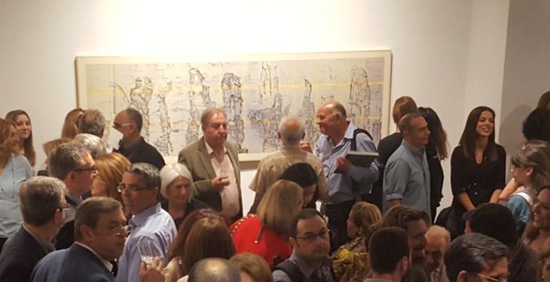 Πολύς κόσμος στα εγκαίνια της έκθεσης που διοργανώνει η γκαλερί Ευρυπίδης με έργα της Ντένη Θεοχαράκη