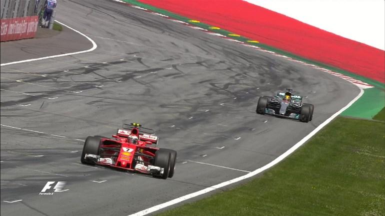 Ferrari και Mercedes είναι οι πιο δυνατές τη φετινή σεζόν. Για να δούμε ποια θα χαμογελάσει στο τέλος...