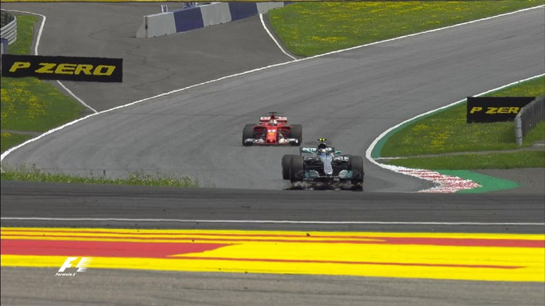 O Valtteri Bottas κέρδισε μία ακόμη νίκη με Mercedes...