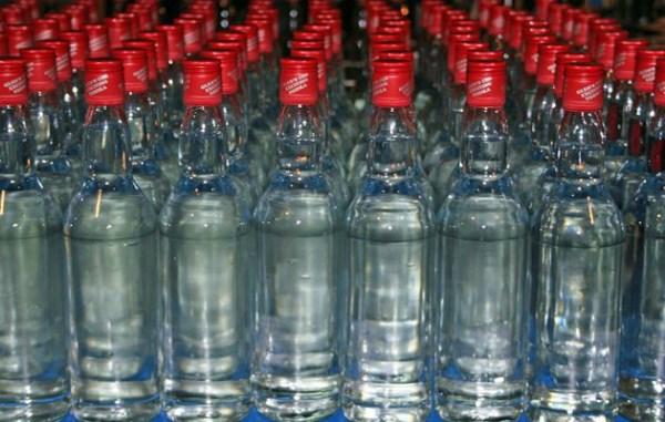 Ασπρόπυργος και Μενίδι «σταθμοί» στο δίκτυο της μαφίας του αλκοόλ