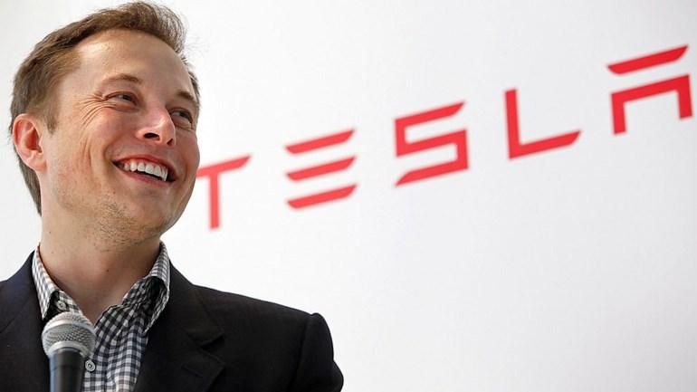 Ο Έλον Μάσκ είναι ο ιδρυτής της Tesla