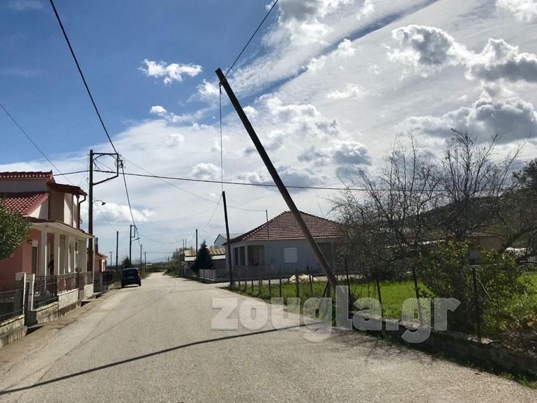 Καταστροφές από τους ισχυρούς ανέμους στην Καρδίτσα - Άφαντα τα συνεργεία της ΔΕΗ Image