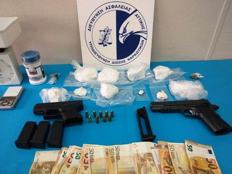 Διακινούσαν κοκαΐνη σε Αθήνα και Λάρισα Image