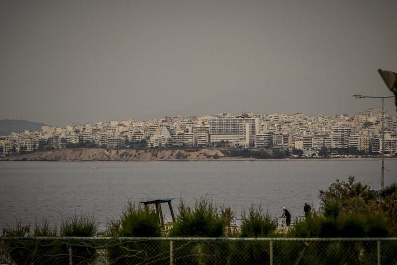 Η αφρικανική σκόνη πνίγει την Αττική Image