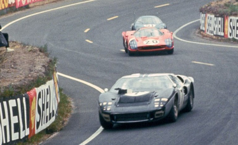 H κόντρα μεταξύ Ford και Ferrari ξεκίνησε λόγω... αγώνων
