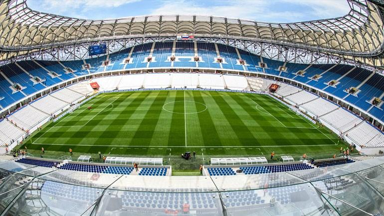 Η Volgograd Arena (χωρητικότητα: 45.000) είναι χτισμένη στην περιοχή του πρώην κεντρικού γηπέδου της πόλης. Η κατεδάφιση άρχισε στα τέλη του 2014 και η κατασκευή της νέας αρένας ξεκίνησε την άνοιξη του 2015. Το στάδιο ολοκληρώθηκε στις αρχές του 2017. Θα διεξαχθούν αγώνες των ομίλων και ματς της φάσης των «16».