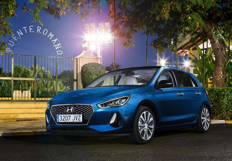 To Hyundai i30 Hatchback