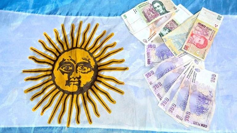Μαζικές πωλήσεις των νομισμάτων αναδυόμενων αγορών σημειώθηκαν ξανά σήμερα μετά την πτώση του πέσο της Αργεντινής