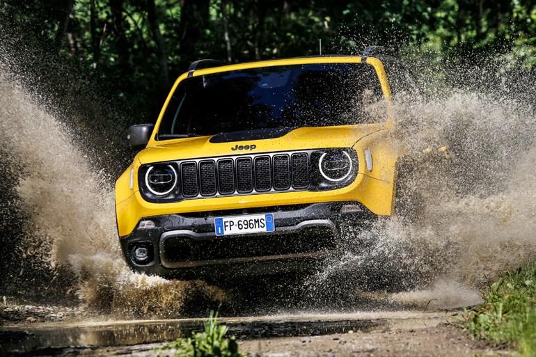 Η Jeep πάντα είχε σχέση με το υγρό στοιχείο...
