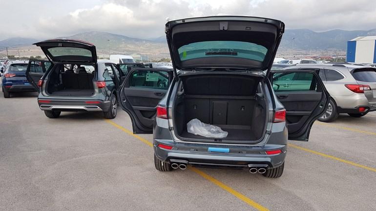 Δεξιά ο χώρος αποσκευών του Ateca και αριστερά του Tarraco