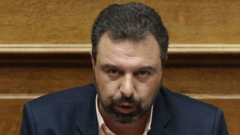 image - Η Ελλάδα «κόβεται» στα δύο – Συμβολικός αποκλεισμός των σηράγγων των Τεμπών