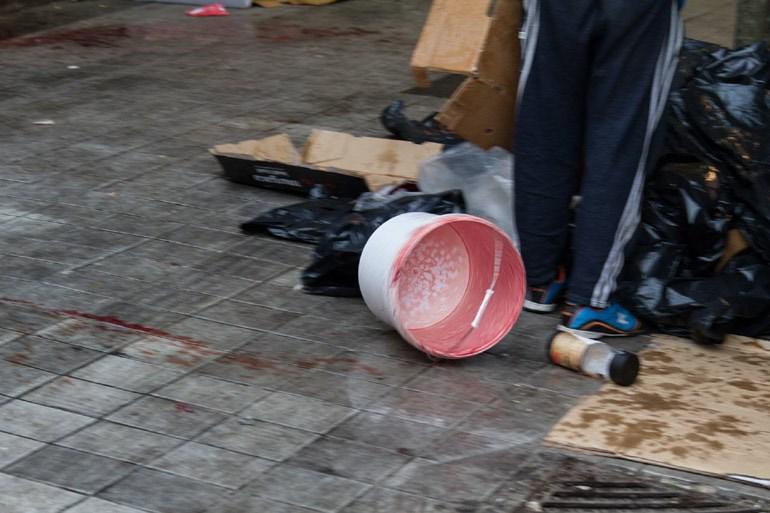 Πέταξαν κουβά με αίμα ζώων στους ακτιβιστές