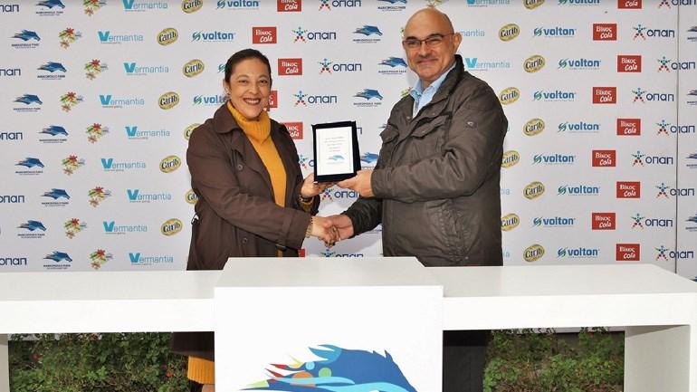Η προπονήτρια Ειρήνη Κεράτσα με τον Racing Manager της Ιπποδρομίες Α.Ε., Κώστα Λουκόπουλο